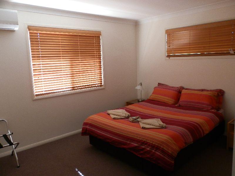 Wisteria Lodge Queen Bedroom with Ensuite